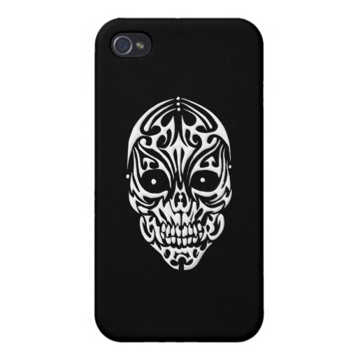 Tribal Skull Case Savvy iPhone 4 Matte Finish Case