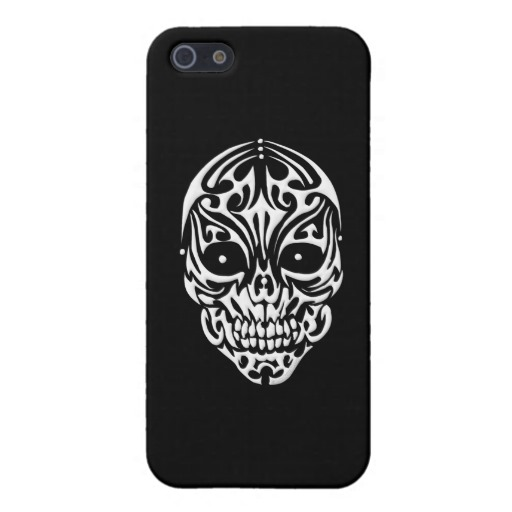 Tribal Skull Case Savvy Matte Finish iPhone 5/5S Case