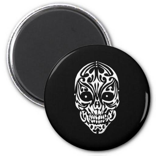Tribal Skull Magnet