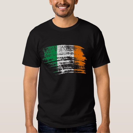 Graffiti Flag of Ireland Men's Basic Dark T-Shirt