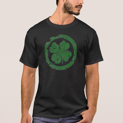 Circled 4 Leaf Clover Basic Dark T-Shirt