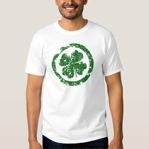 Circled 4 Leaf Clover Men's Basic T-Shirt