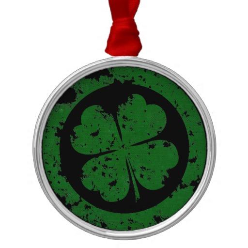 Circled 4 Leaf Clover Premium Round Ornament