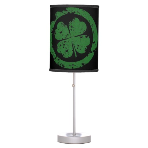 Circled 4 Leaf Clover Table Lamp