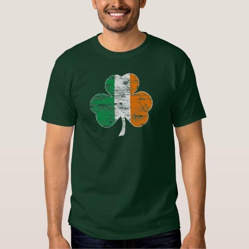 Distressed Irish Flag Shamrock Men's Basic Dark T-Shirt