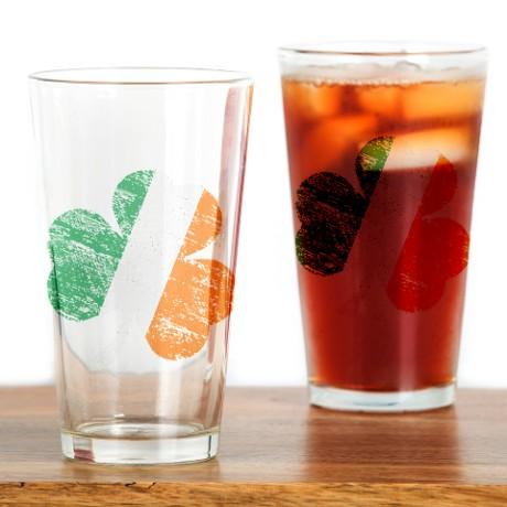 Vintage Distressed Irish Flag Shamr Drinking Glass