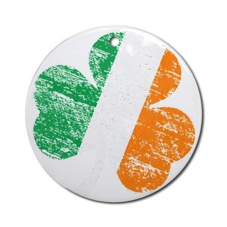 Vintage Distressed Irish Flag Shamr Round Ornament