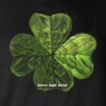Concentric 4 Leaf Clover